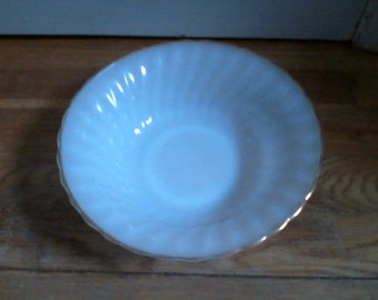 Anchor Hocking Fire King Dinnerware Serving Bowl Made in USA