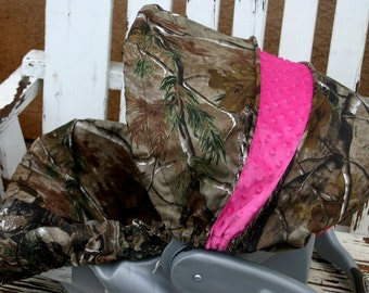 Realtree and hot pink car seat cover and hood cover