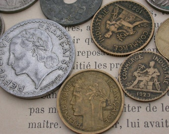 French old coins collection  200pcs Antique vintage coins 1920 1930 1940  1950 1960 1970 1980 1990   collectible  charm