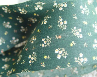 """Ribbon Green Floral / 2 Yards, 2.5"""" Inch Wide / Giftwrapping Crafting Altered Crafts Country Cottage"""