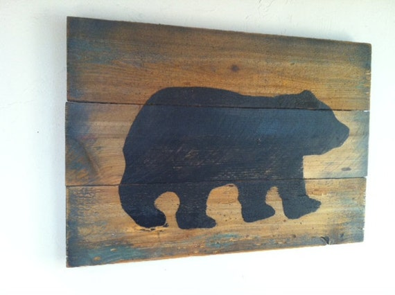 Black bear on wood large rustic hand painted weathered wall for Rustic bear home decor