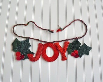 Items similar to christmas holly felt garland banner for for Arland decoration