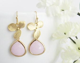 Pink Earrings, Rose Earrings, Light Pink Earrings, Valentines Earrings, Mothers Earrings, Bridesmaid Earrings, Wedding Jewelry, Jewelry Gift