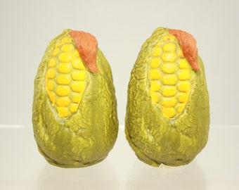 Vintage salt and pepper shakers ceramic in corn-in-husk shape mid-century