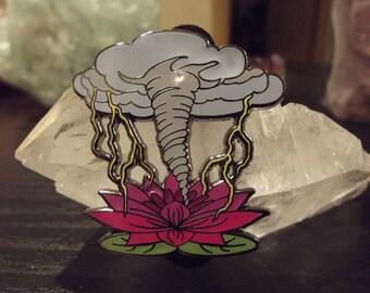 Lotus Strom Pin