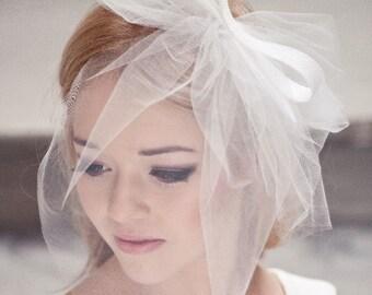 Short veil with double bow, wedding veil, veiling, big bow