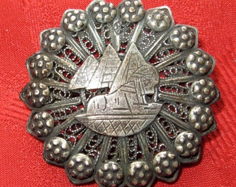 Beautiful 1920's Sterling Silver Egyptian Pyramids Sphinx Filigree Brooch Pin - Free Shipping