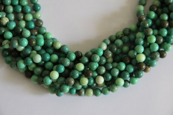 "Green Grass Agate 8mm smooth round beads 16"" length strand"