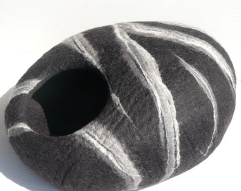 "Cat Cave / Cat Den / Cocoon /Cat House / Cat bed ""Black Marble"""