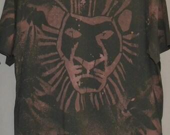 lion king washout t shirt in black