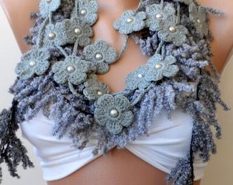 Bohemian Crazy Scarf Gray crocheted lariat scarf Crochet Jewelery in Gray Crochet Daisy neck scarf Crochet flower necklace lariat scarf