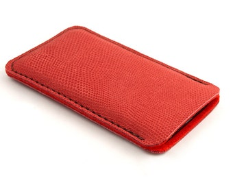 Leather iPhone case. Red iPhone 5 sleeve. Also for iPhone 6 / 6 plus. Red wool felt. iPhone 5/s leather sleeve. Leather pouch.