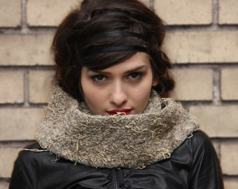 pastel grunge - chunky knit cowl - taupe beige scarf - knit cowl scarf - chunky scarf - grunge clothing - 90s grunge
