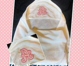Hooded Towel/Baby Girl's Hooded Towel/Personalize Hooded Towel/Monogram Hooded Towel/Baby Gift/Personalized Hooded Towel/Baby Shower Gift