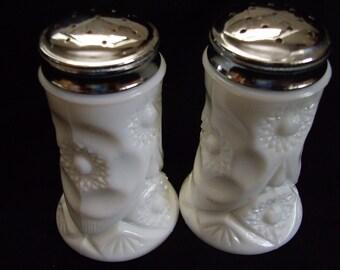 Vintage milk glass Salt and Pepper set