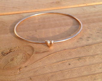 SALE - Gold delicate bracelet with small heart