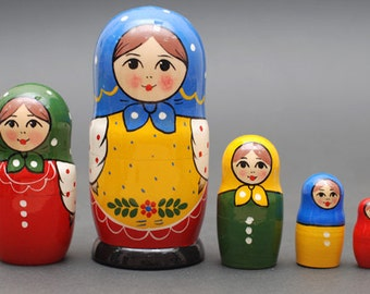 Russian Sergiev Posad matryoshka babushka russian nesting doll 5 pc Free Shipping plus free gift!