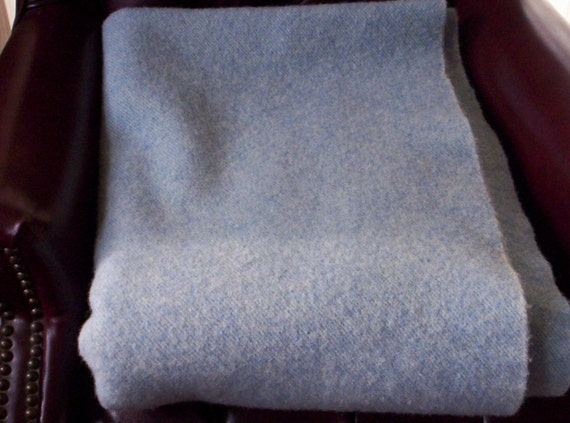 VINTAGE 100% WOOL BLANKET Superior weight and quality. White and Baby Blue Diagonal Stripe Weave 65 x 75 inches