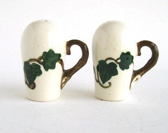 Metlox Californa Ivy Pattern Salt and Pepper Shakers