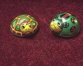2 Koyo Vintage Tin Toys Green Ladybug & Rare Turtle 1950's-1960's