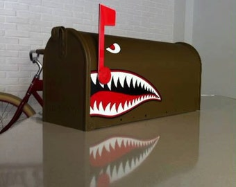 """American mailbox hand painted """"NOSE ART"""""""
