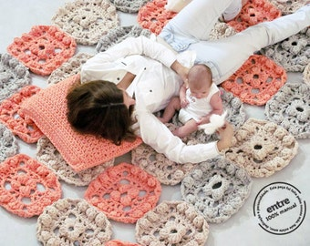 BIG scale handmade crochet rug, ENTRE collection - design N 010, born May 2013, by the hands of ARTSPAZIOS