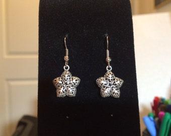 Filigree antiqued silver star pierced earrings