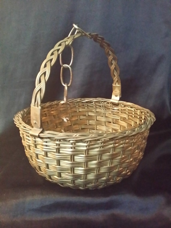 How to weave a basket out of wire : Vintage brass woven wire basket with handle and hanging chain