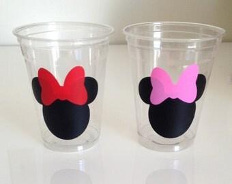 12 Minnie Mouse Vinyl Stickers, Minnie Mouse Birthday, Minnie Mouse Vinyl Decals, Party Favors, Birthday Decor