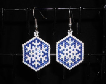 Winter Snowflake Beadwoven Dangle Earrings, Peyote Stitch, Pearl White and Dark Blue