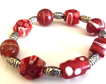 stretch glass bead bracelet