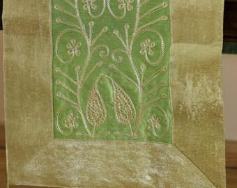 """Velvet Floral Embroidered Table Runner (Green, 70"""" X 16"""")"""