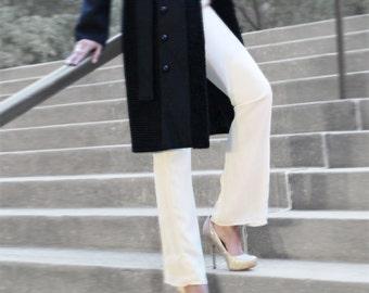 Ivory crepe pants, size 4, mid-rise, fully lined, dress pants, cream pants, women's chiffon pants, lace pants