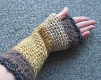 Armwarmer yellow/brown/beige in wool, linen and hemp