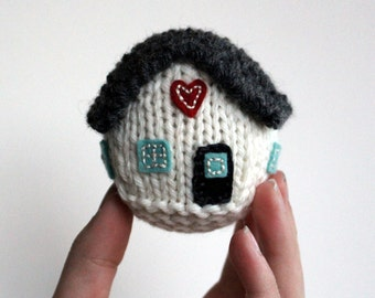 Knitting Pattern / Little House / New Home / First Home / Wedding Gift / Knit Tutorial / PDF instant download