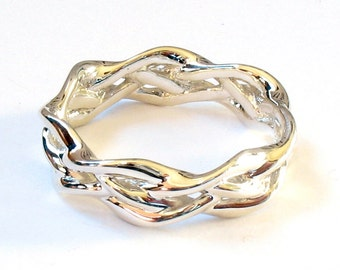 Silver Swoop Braid Ring