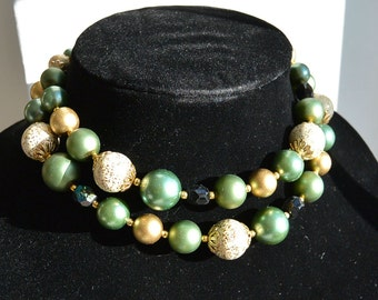 Metalic Green bead necklace matching Earrings