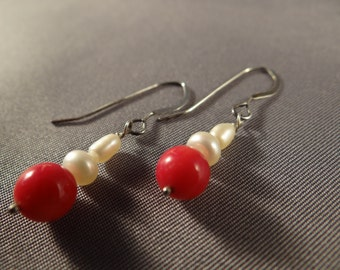 Red corals and white pearls earrings
