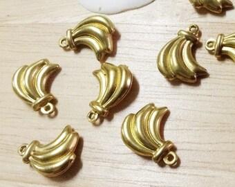 10 pcs. Banana Brass Pendants,Unplated, Size 13.5x16x4.5 mm.(P 039)
