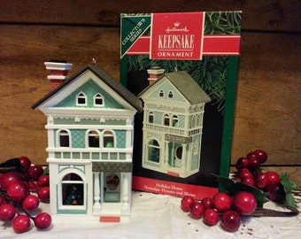 Hallmark Keepsake Christmas Ornament Holiday Home