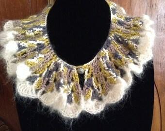 Vintage Style Ruffled Collar, Hand Crocheted
