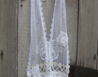 Shabby Chic Lace Button Up Scarf