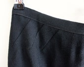 """VINTAGE Black Wool """"Donald Davies"""" Pencil Skirt (Size: Extra Small / Small)"""