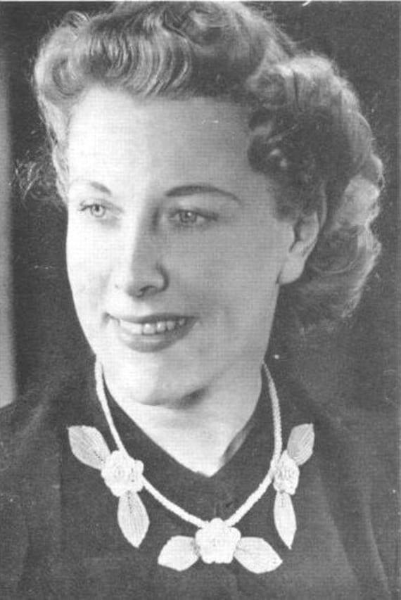 1940s Sewing Patterns – Dresses, Overalls, Lingerie etc 1940s Rose Necklace Flower Brooch Crochet Pattern Instant Download (PDF) $1.33 AT vintagedancer.com