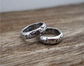 7mm ID - Hammered Textured Handmade Closed Jump Rings and Links in Sterling Silver (set of 2) (C) (N)