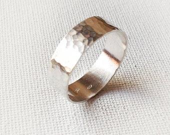 Mens Hammered Ring