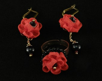 Tsumami Kanzashi set of earrings and ring