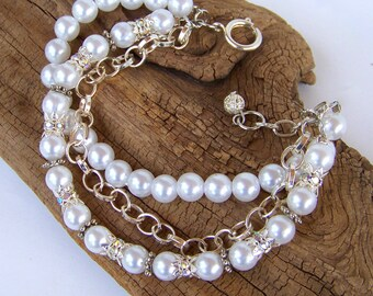 Wedding jewelry,Pearl bracelet ,Pearl beads and rhinestone three strand design with silver chain