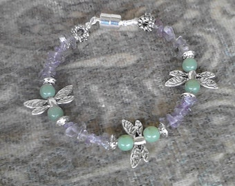Jade Dragonfly- Glass and silver strung beaded bracelet