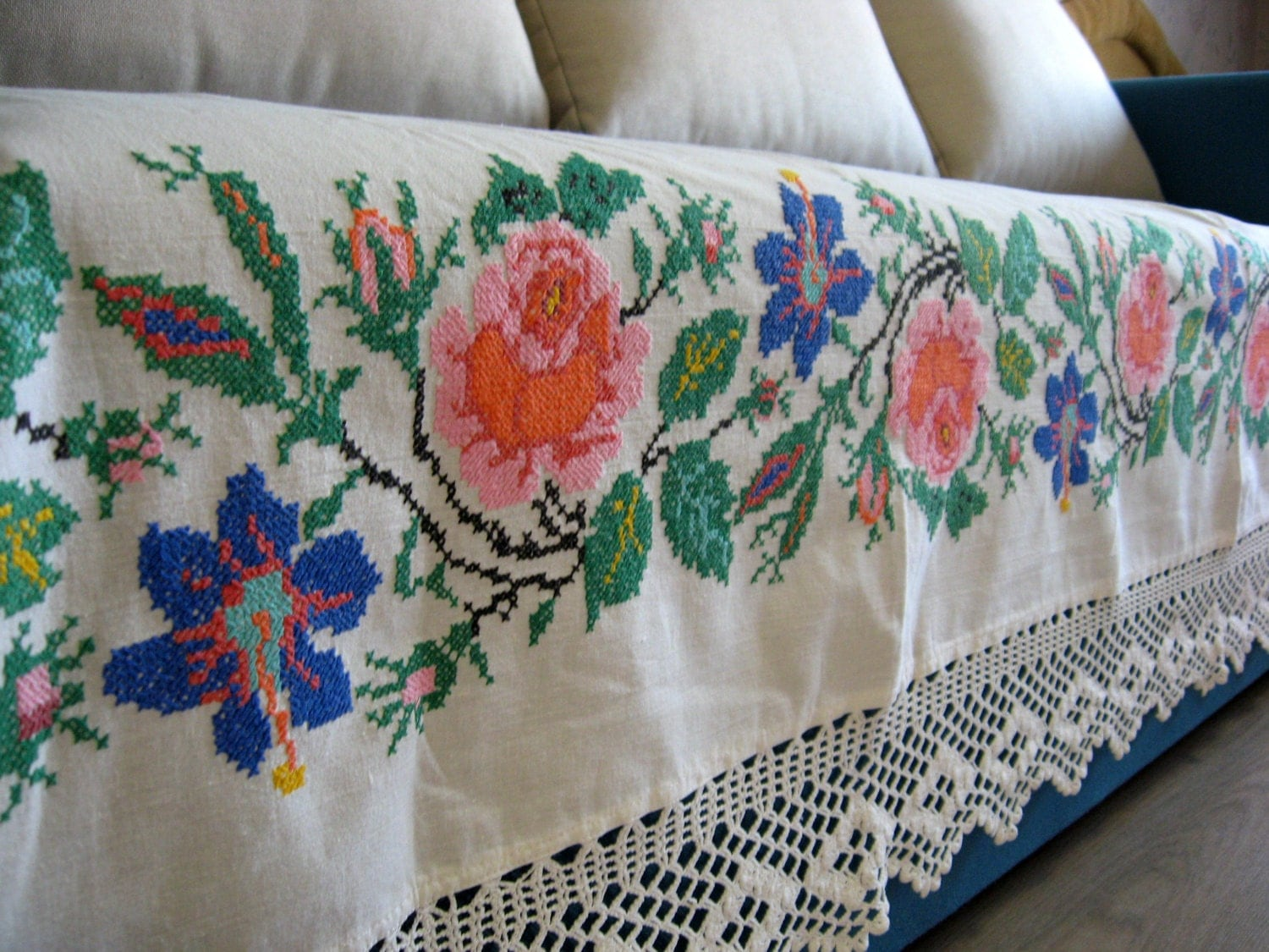 Hand Embroidered Bed Skirt Old Bed Sheet Decorative Linens